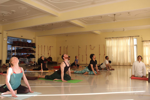 5 Points to Improve Your Yoga Skills - Multi Style Yoga Schools