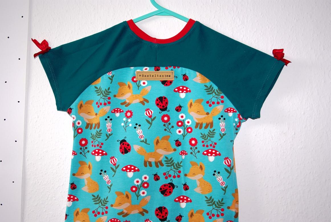 Bethioua Mini von Ellepuls Freebook T-Shirt für Kinder selber nähen Nähblog und Puppenkleid