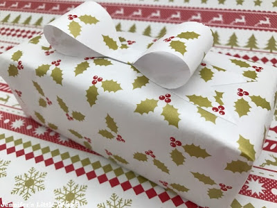Instawrap review - wrapping gifts without tape
