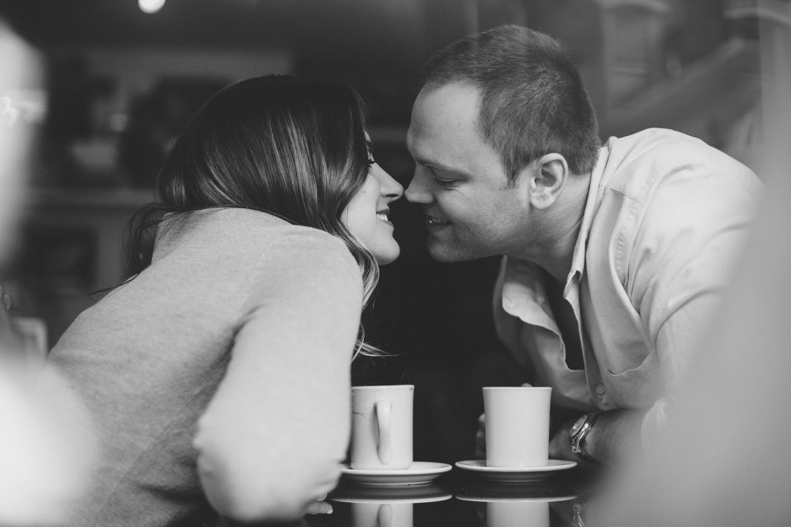 Cafe engagement shoot Hoboken New Jersey | Documentary wedding photographer - blog.cassiecastellaw.com
