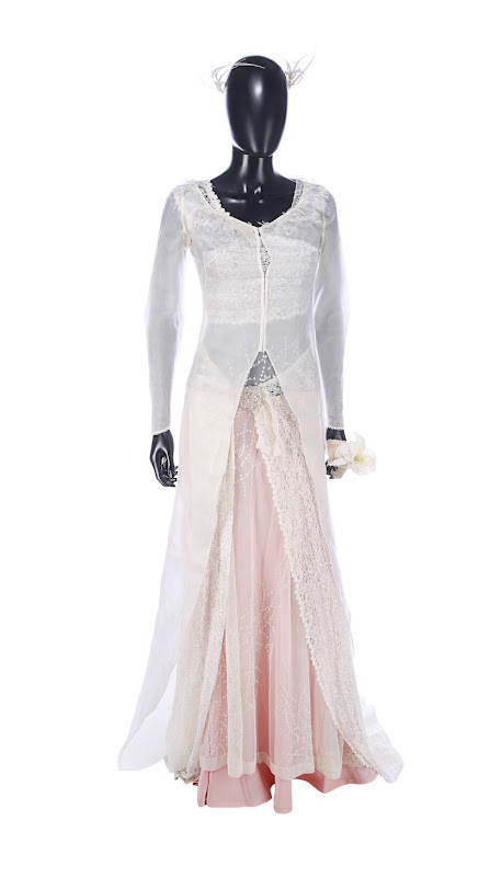 Keira Knightley Love Actually Juliet wedding dress