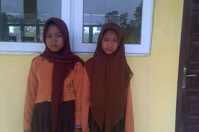 Sekolah Negeri di Riau Paksakan Siswi Kristen Pakai Jilbab dan Ucapkan Doa Islam