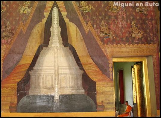 Phra Pathom Chedi Viharns