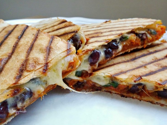 Roasted Sweet Potato and Black Bean Quesadillas #familycooking #healthyeating