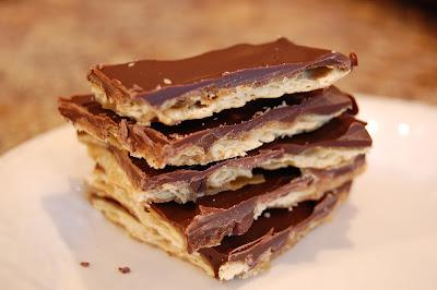 Ioanna's-Notebook-Saltine-toffee-crack