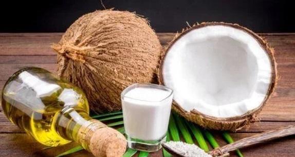 Essential Oil And Coconut Milk