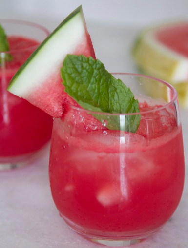 Watermelon Vodka Cocktail #drink #cocktail #watermelon #easy #recipes