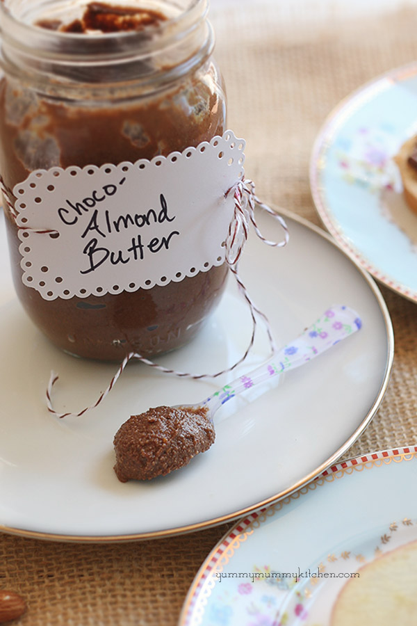 easy healthy homemade nutella recipe made with almonds