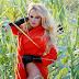 Η Pamela Anderson και... τα καλαμπόκια
