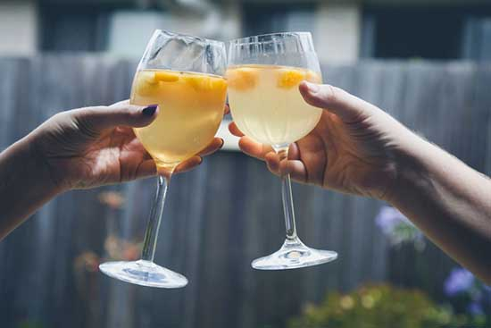 Alcoholic Drinks headaches trigger