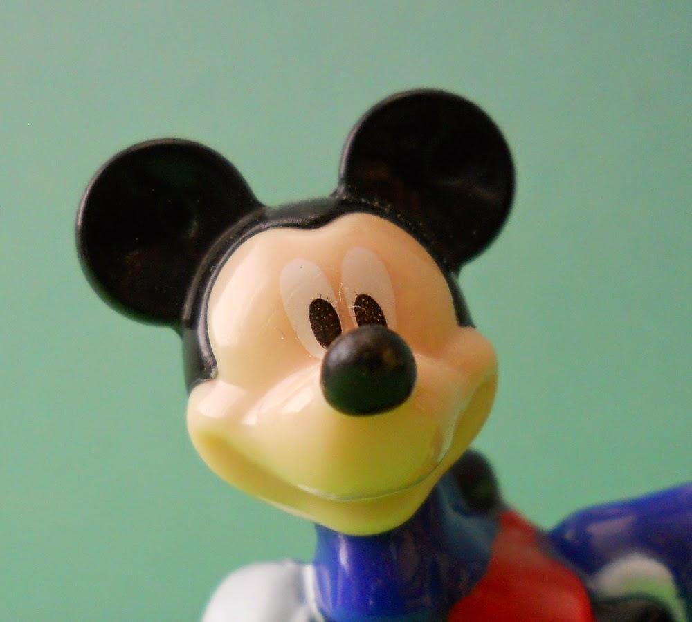 Mickey Mouse regalo de huevos kinder sorpresa