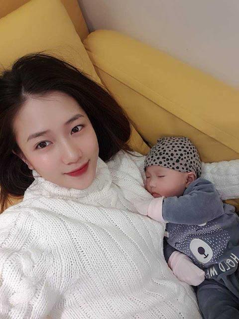 """Nhan sắc """"mòn con mắt"""" của cựu hot girl Hà thành sau khi sinh con đầu lòng"""