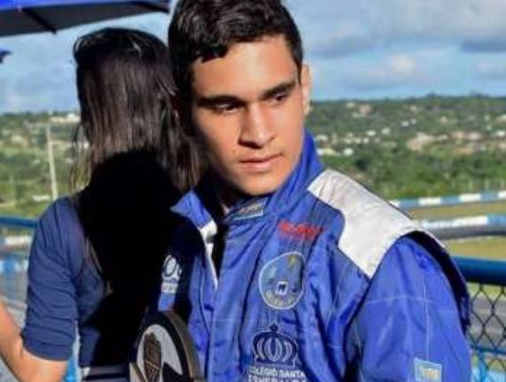Representando Alagoas, piloto arapiraquense é vice-campeão do Fórmula Vee Júnior