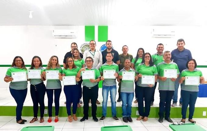 Servidores recebem certificado do Curso Básico de LIBRAS pelo IFPA em Itaituba