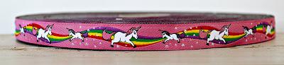 http://de.dawanda.com/product/101676395-webband-einhorn-pink