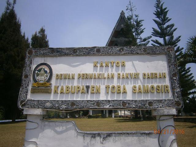 Warga Kritik Kunjungan DPRD Tobasa ke Siantar