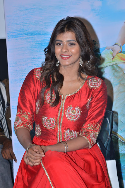 hebah patel at mister movie event