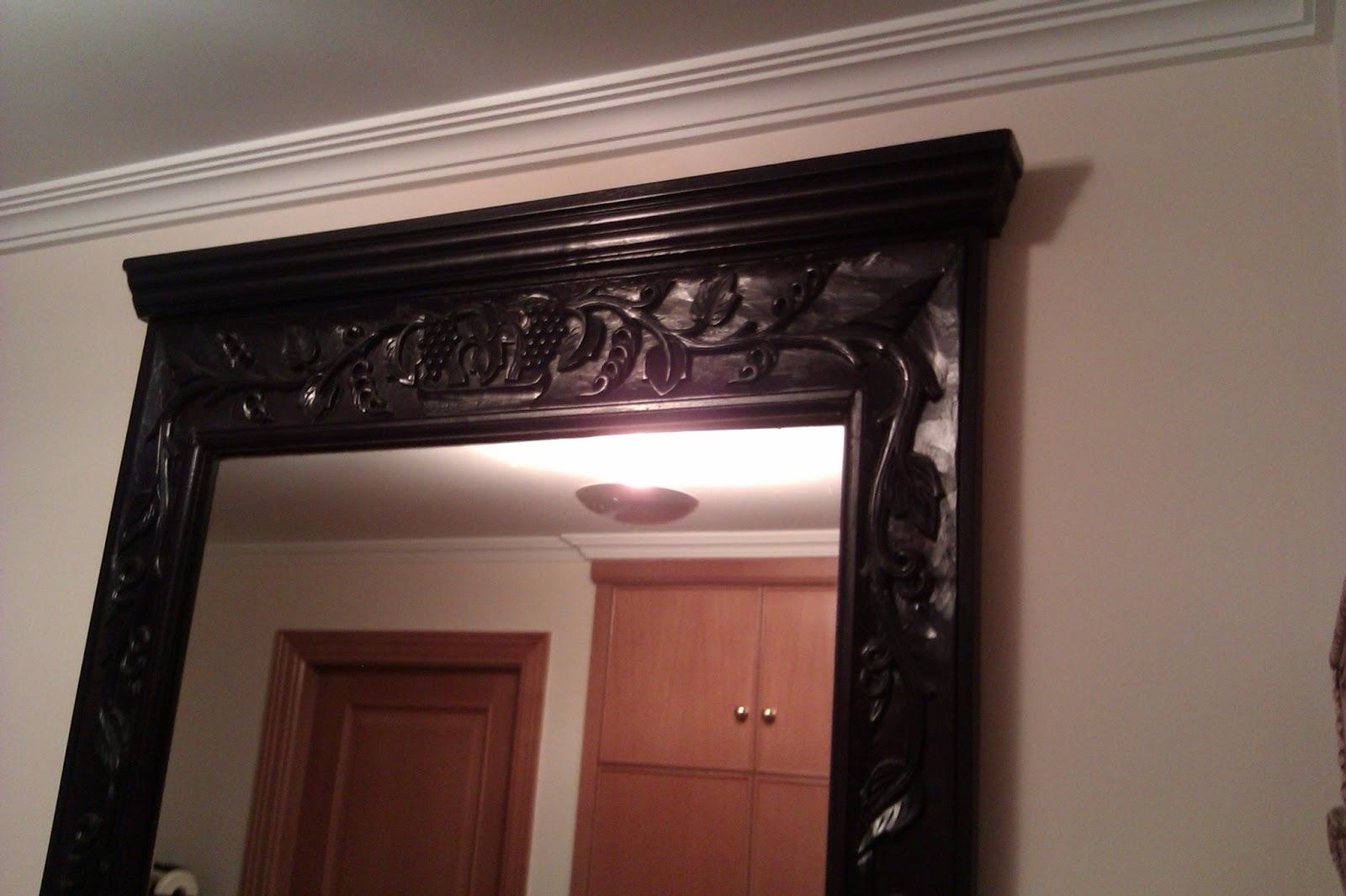 Decoraconmar a renovando un espejo r stico en for Marcos de madera para espejos grandes