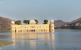 पानी के अंदर महल 'जल महल' जयपुर