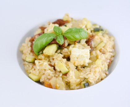 Zucchini risotto with dried tomatoes