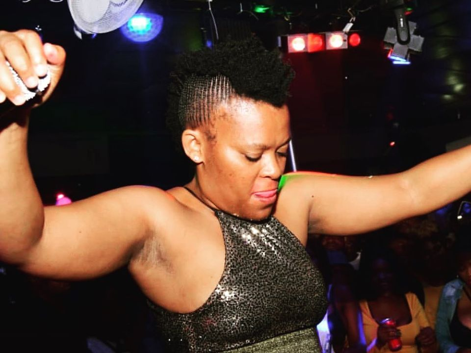 Zodwa Wabantu Shows Off New Hairstyle, Mzansi Notices Grey Strands