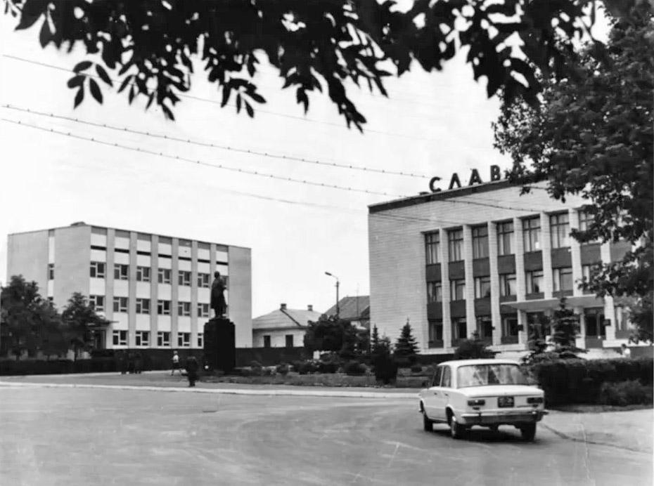 Центр Поліського до аварії. Архівне фото