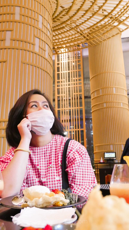 review pengalaman makan di mandeh restoran serpong