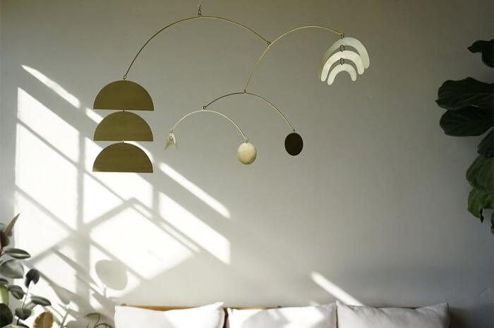 Esempi di sculture sospese per il soggiorno