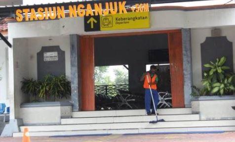 Alamat Lengkap dan Nomor Telepon Ekspedisi LNP di Nganjuk