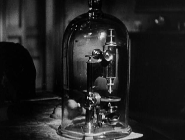 Microscope - Arrowsmith (1931)