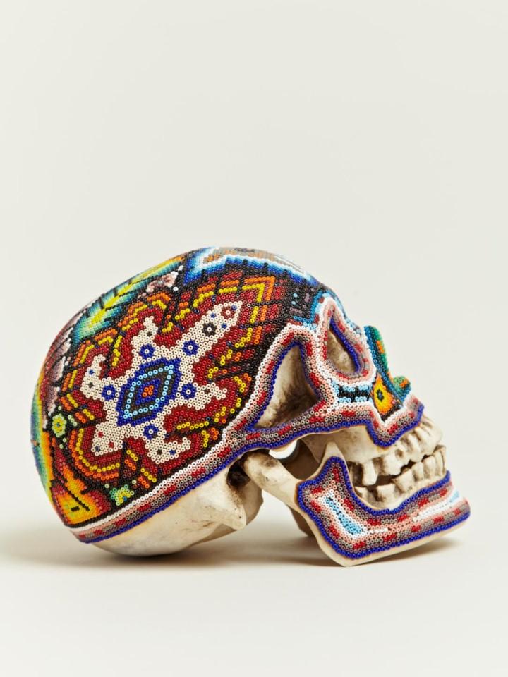 Изысканные черепа. Huichol Skull 10