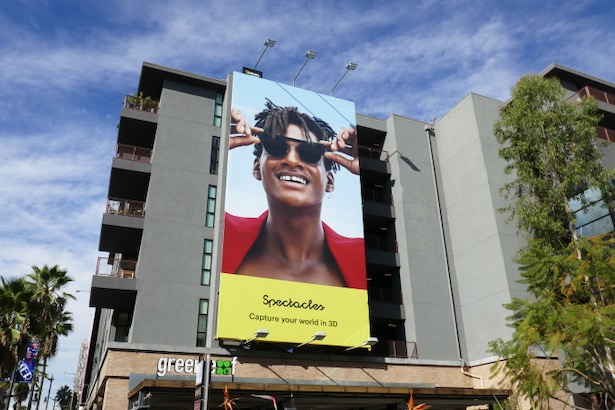 Snapchat 3D Spectacles billboard
