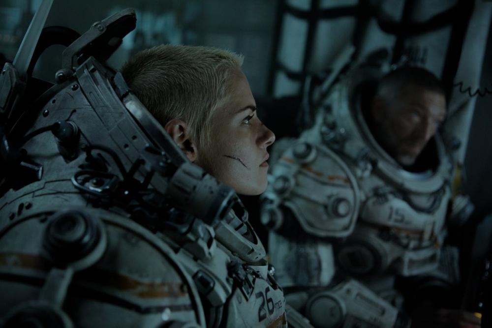 Underwater, Movie Review by Rawlins, Rawlins GLAM, Kristen Stewart, Action, Sci-Fi, Thriller