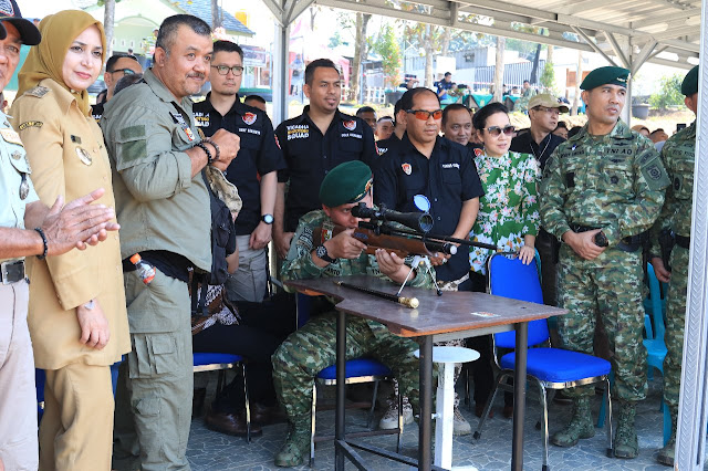 Pangdivif 2 Kostrad Buka Kejuaraan Menembak Senapan Angin di Malang