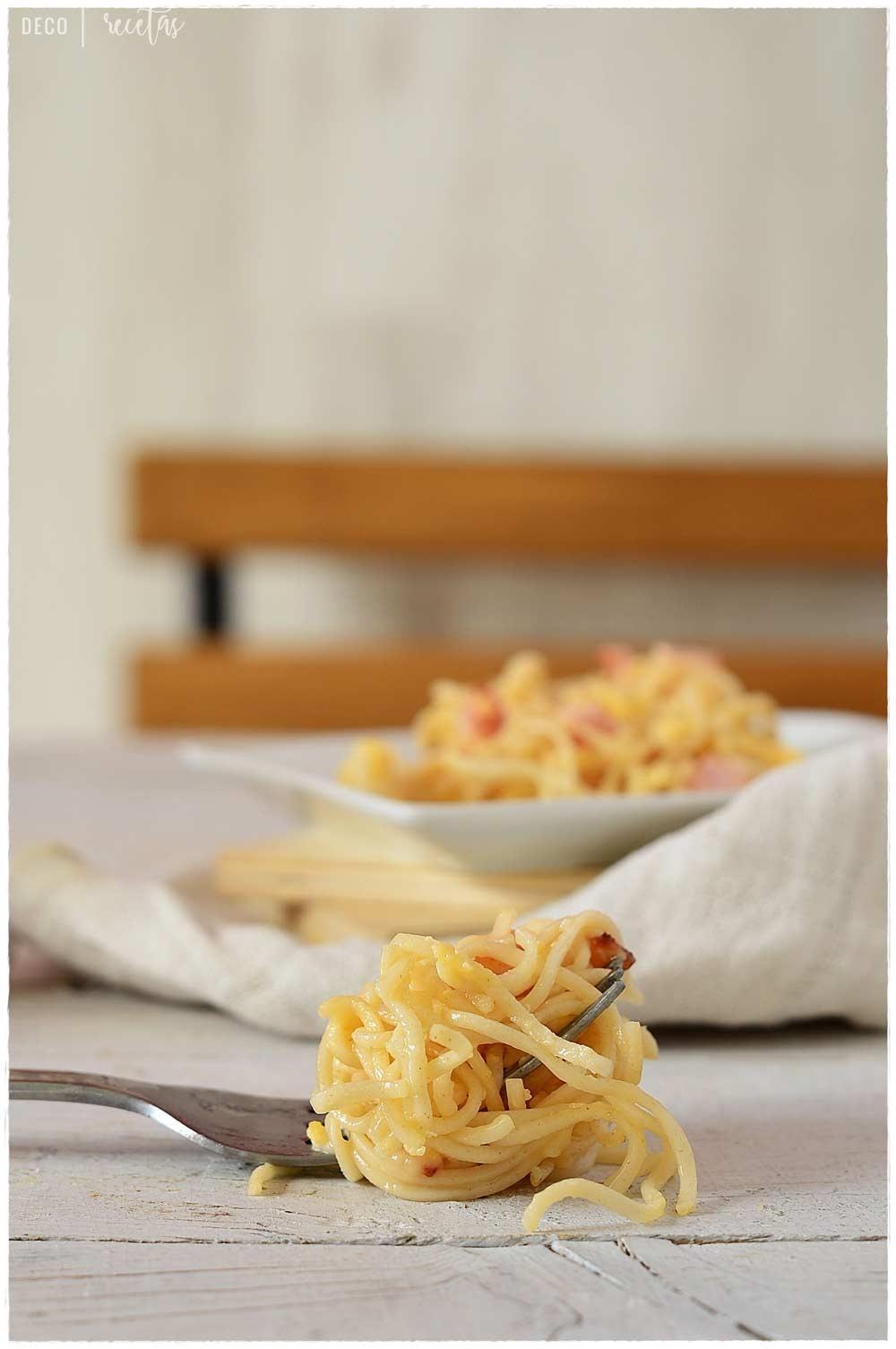 Carbonara sin nata. Aprende a hacer estas 2 recetas sabrosas: espagueti a la carbonara y pizza carbonara