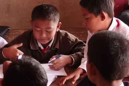 Pengembangan Nilai-nilai Demokrasi Di Sekolah Dasar dengan Sederhana