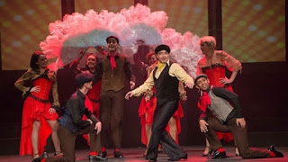 Momento del preludio de Viva Broadway