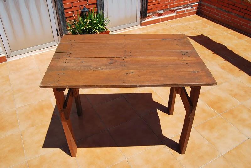 Esta casa es una ruina como hacer una mesa de terraza con for Construir mesa de madera
