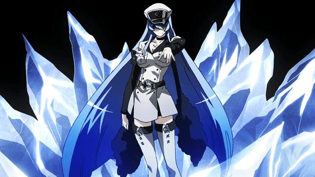Selain cantik dan seksi, Esdeath juga sangat kuat berkat jurus es miliknya