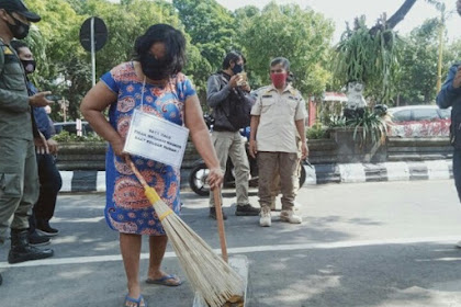 Bandel Tak Pakai Masker, Belasan Orang Di Klaten Dihukum Menyapu