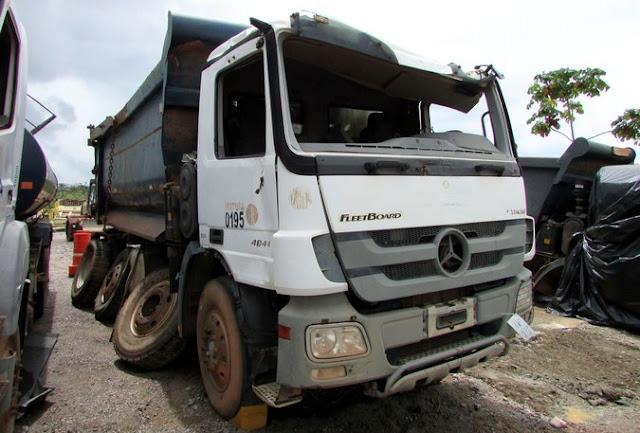 Consórcio Construtor Belo Monte leiloa caminhões, equipamentos industriais e de construção