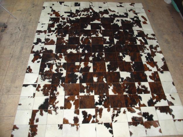 Couro de vaca na decoração Jeito de Casa Blog de e7056d3fa0d