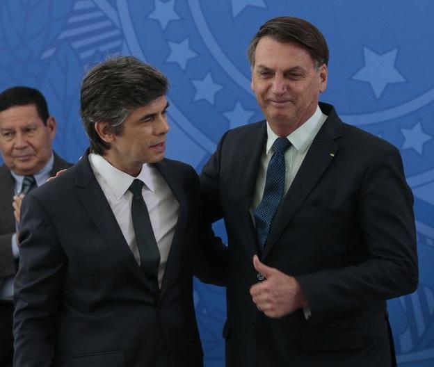 Covid-19: Ministério da Saúde vai realizar 46,2 milhões de testes no Brasil