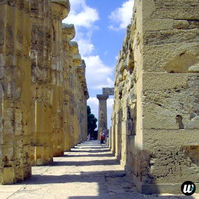 Inside Temple of Concordia, Valle dei Templi, Agrigento | Sicily, Italy | wayamaya