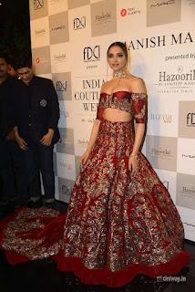 Deepika Padukone Ramp for Manish Malhotra at ICW