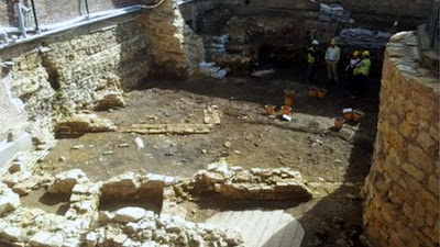 Archaeologists to extract Lincoln Castle sarcophagus