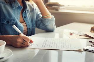 escrever frases e traduzir aprender inglês em casa