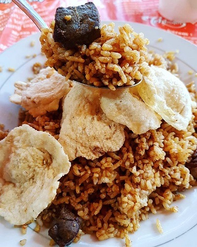 wisata kuliner legendaris jakarta nasi goreng kebon sirih