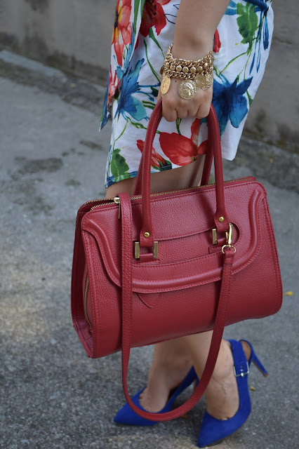 outfit borsa rossa come abbinare una borsa rossa red bag outfit how to wear red bag mariafelicia magno fashion blogger colorblock by felym outfit luglio 2016 outfit estivi summer outfits july outfits fashion blogger italiane fashion bloggers italy influencer italiane italian influencer