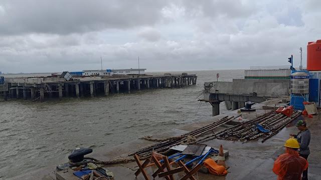 Waduh, Belum Lama Dibangun, Trestle Pelabuhan Internasional Kijing Jebol